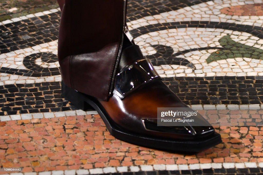 Berluti : Runway - Paris Fashion Week - Menswear F/W 2019-2020 : ニュース写真