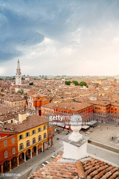 modena, cityscape from a unique point of view, a raised terrace above the city - モデナ ストックフォトと画像