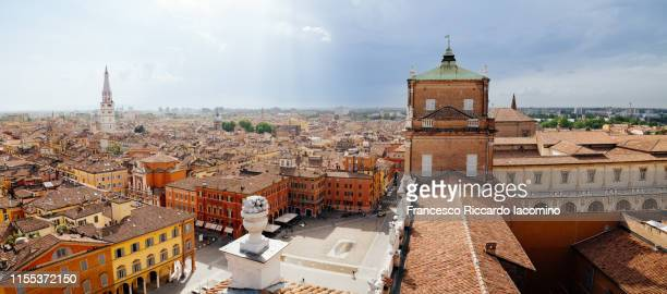 modena, cityscape panorama from a unique point of view, a raised terrace above the city - モデナ ストックフォトと画像