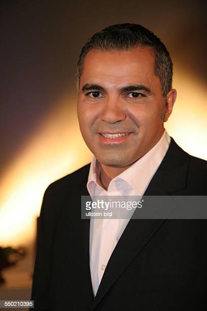 Moderator Aiman Abdallah während eines Preesetermins zur Pro7 Sendung Galileo Mystery in Hamburg
