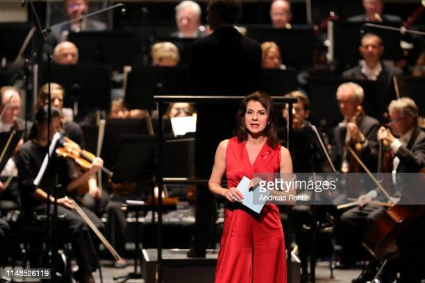 Moderator Anja Broeker speaks during the 8th Opera Gala Bonn for the benefit of the German AIDS Foundation at Opera Bonn on May 11 2019 in Bonn...