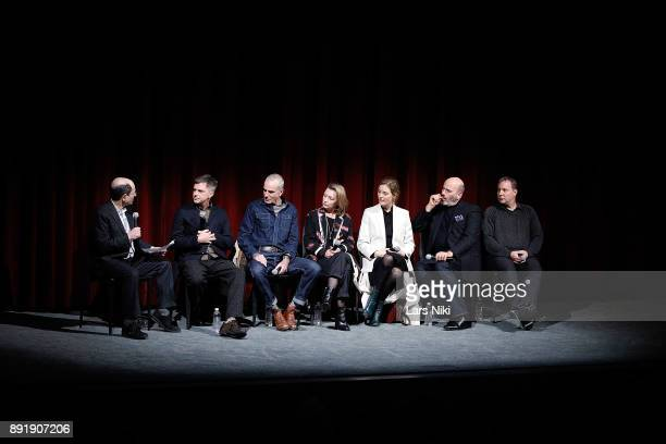 Moderator Brian Rose writer director and producer Paul Thomas Anderson actors Daniel DayLewis Lesley Manville Vicky Krieps costume designer Mark...