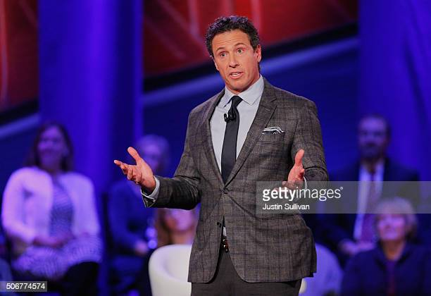 Moderator Chris Cuomo speaks at a town hall forum hosted by CNN at Drake University on January 25 2016 in Des Moines Iowa Democratic presidential...