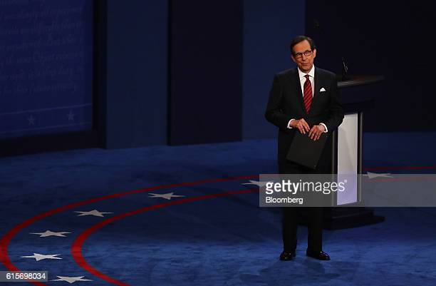 Moderator Chris Wallace speaks during the third US presidential debate in Las Vegas Nevada US on Wednesday Oct 19 2016 Donald Trump is trying another...