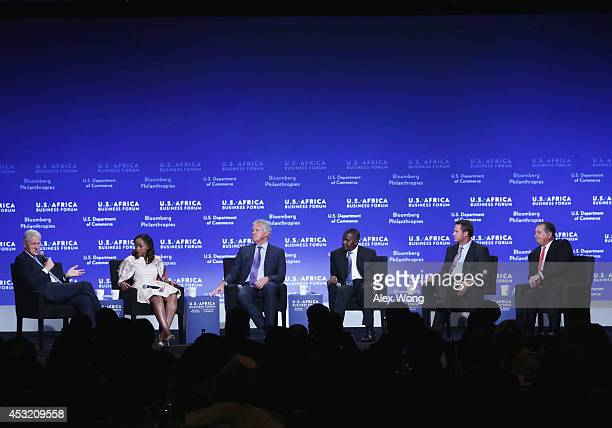Moderator Former US President Bill Clinton CEO at Shanduka Group Phuti Mahanyele CEO at General Electric Jeff Immelt president and CEO of the Dangote...