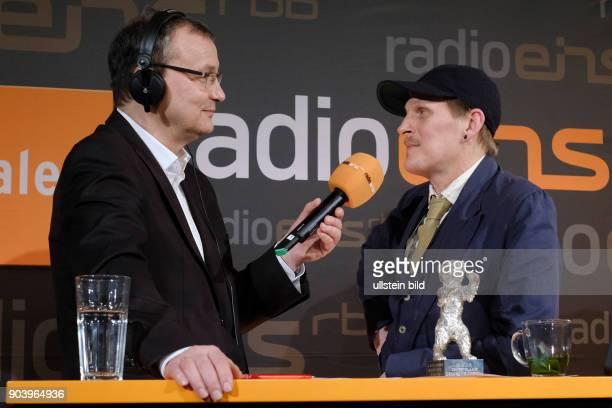 Moderator Knut Elstermann und Schauspieler Georg Friedrich zu Gast im RadioEins Berlinale Nighttalk aus der XXLounge anlässlich der 67...