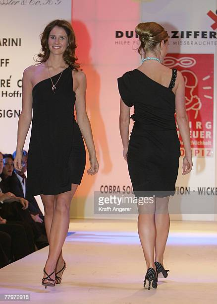 Moderator Mareile Hoeppner walks down the runway at the Event Prominent Gala on November 18 2007 in Hamburg Germany For the seventh time celebrities...