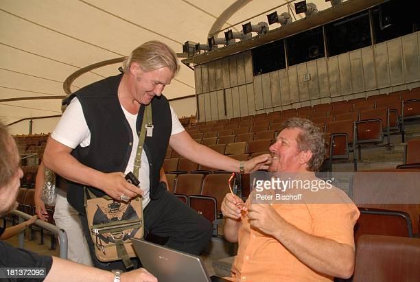 Moderator Michael Schanze , Johnny Logan, Proben zum 2. Benefiz-Konzert zugunsten des parkinsonkranken Ex-Star-Tenor P E T E R HOFMANN, Naturbühne...