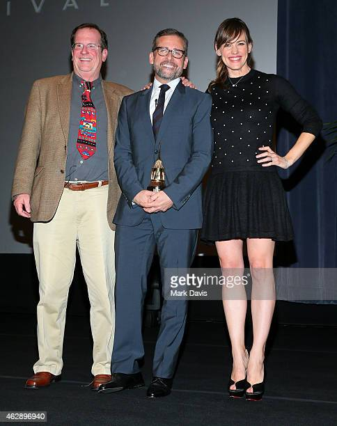 Moderator Pete Hammond actor Steve Carell and actress Jennifer Garner attend the 2015 Outstanding Performer of the Year Awardl at the 30th Santa...