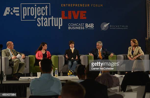 Moderator Peter Howe opens Project Startup Live as Janae Duane founder of the Revolution Institute Brian Meece founder and CEO RocketHub Steven Walsh...