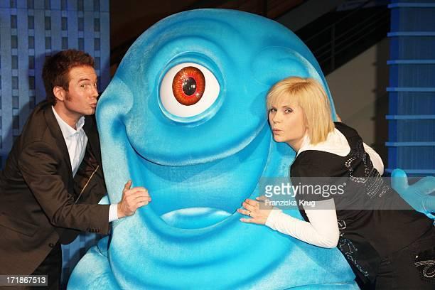 Moderator Sebastian Hoffner And Michaela Schaffrath at the Premiere of 'Monsters Vs Aliens' in Colosseum Kino in Berlin on 090309