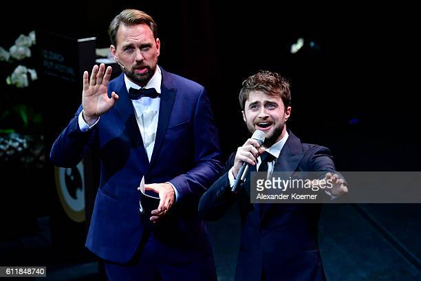 Moderator Steven Gaetjen and Daniel Radcliffe present the award for international documentary on stage during the Award Night Ceremony during the...