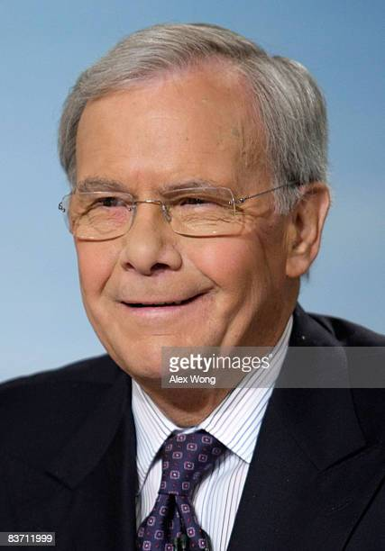 Moderator Tom Brokaw smiles during a taping of 'Meet The Press' at the NBC studios November 16 2008 in Washington DC The topics of the week included...