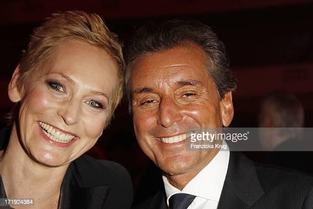 Moderatorin Bärbel Schäfer Und Ehemann Michel Friedman Bei Der Verleihung Der Lea Awards In Der Frankfurter Festhalle In Frankfurt