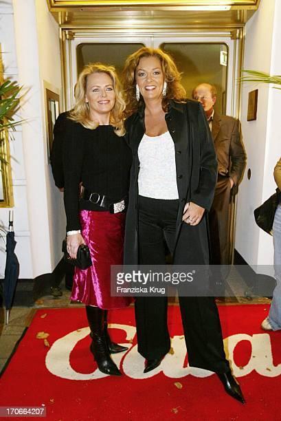 Moderatorin Eva Herman Und Bettina Tietjen Bei Der Gala Vip Lounge Im Doc Cheng'S In Hamburg
