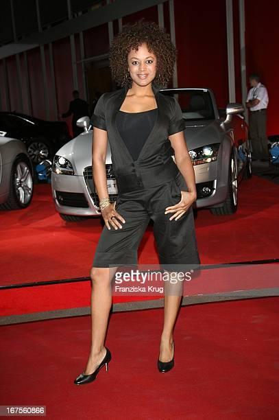 Moderatorin Milka Loff Fernandes Bei Der Verleihung Der New Faces Awards Im Bcc In Berlin Am 030407