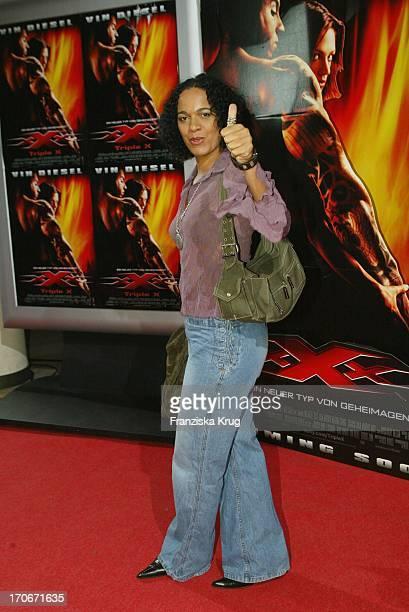 Moderatorin Mo Asumang Bei Der Triple X Premiere In Berlin