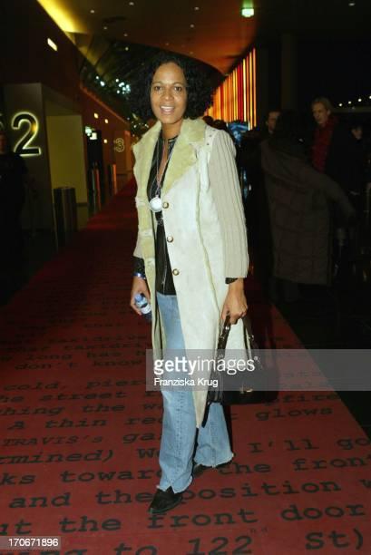 Moderatorin Mo Asumang Bei Gothika Premiere Im Cinestar Am Potsdamer Platz In Berlin Am 250204