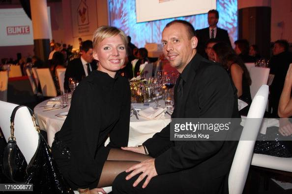 Mcdonalds fundraising gala pictures getty images for Barbara karlich neuer freund