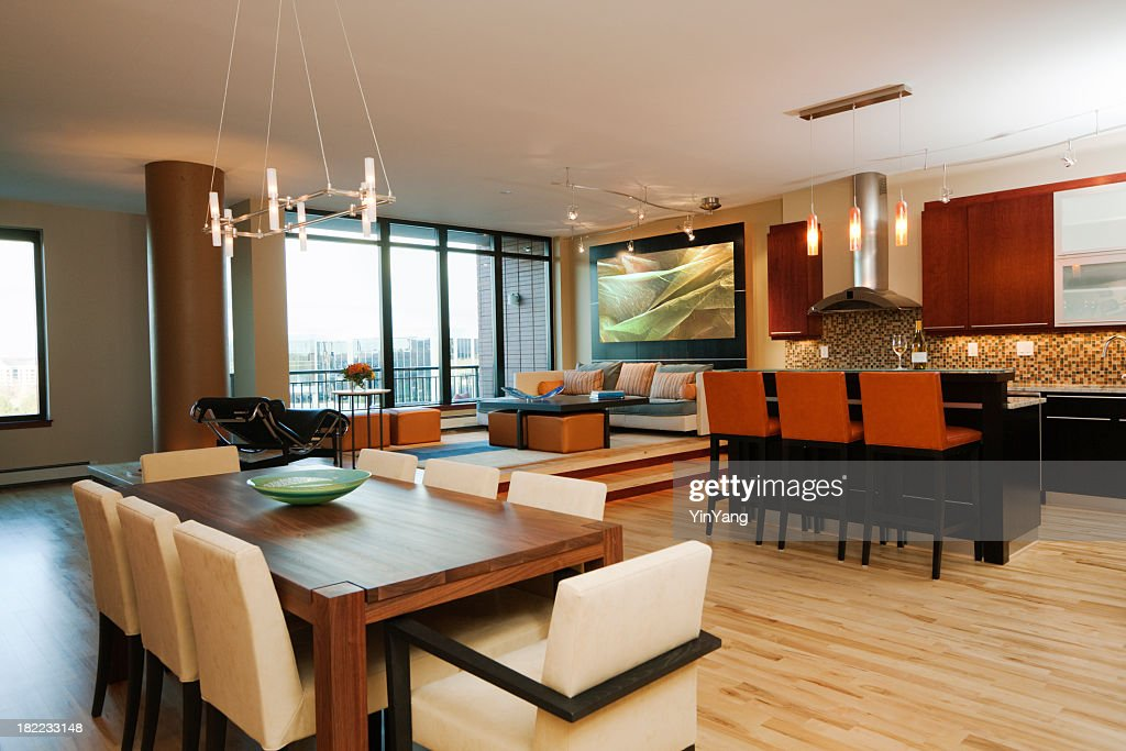 Modernes Apartment, Model Home Essbereich, Wohnzimmer Und Küche  Innenansicht : Stock Foto
