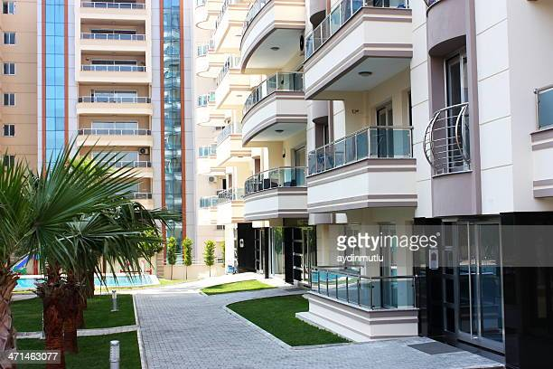modern apartments - borough district type stock pictures, royalty-free photos & images