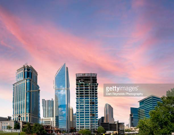 modern architecture charlotte - charlotte north carolina stock pictures, royalty-free photos & images