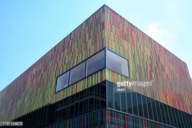 modern architecture in munich - museum brandhorst munich stock pictures, royalty-free photos & images