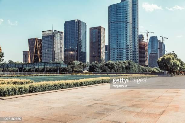modern architecture with formal garden against sky - 広東省 ストックフォトと画像