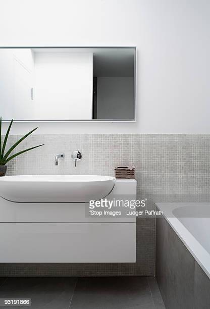 a modern bathroom - toilet planter stock pictures, royalty-free photos & images