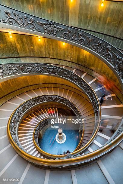 moderno bramante escadas no vaticano - vaticano imagens e fotografias de stock