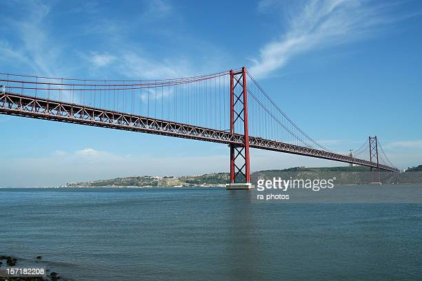 modern bridge - elevator bridge stockfoto's en -beelden