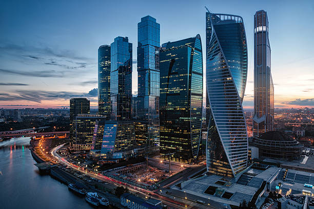 modern business center in moscow - 俄羅斯 個照片及圖片檔