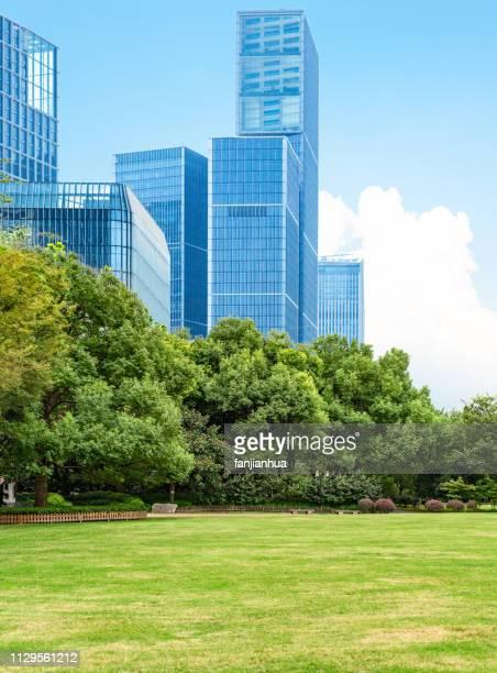 modern business park - オフィス街 ストックフォトと画像