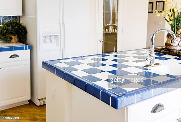 Modern Chekered Kitchen