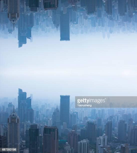 modern city in future concept,shanghai - terugtrekken stockfoto's en -beelden