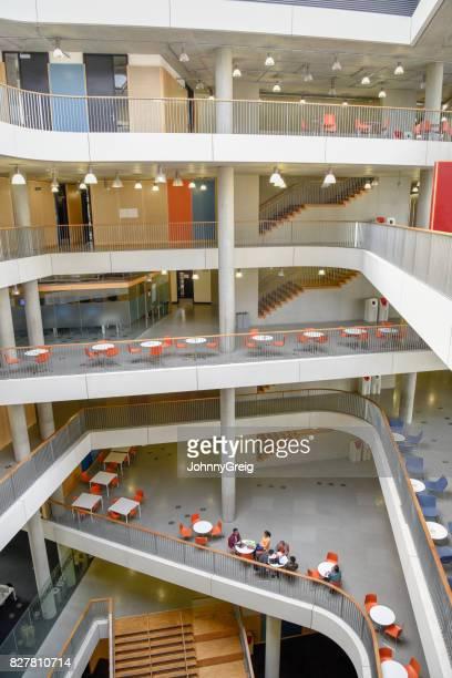 60 Hochwertige Mezzanine Bilder und Fotos - Getty Images