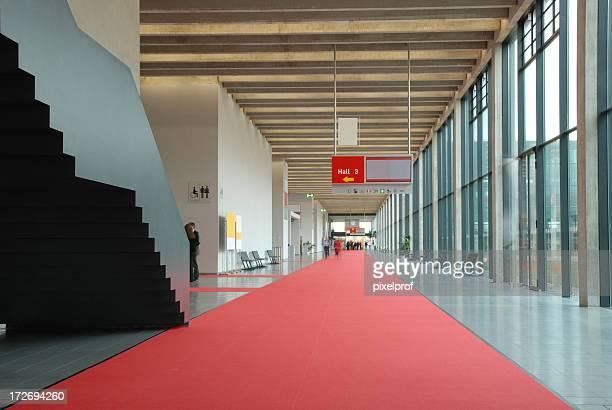 modern convention center hallway - tradeshow stock pictures, royalty-free photos & images