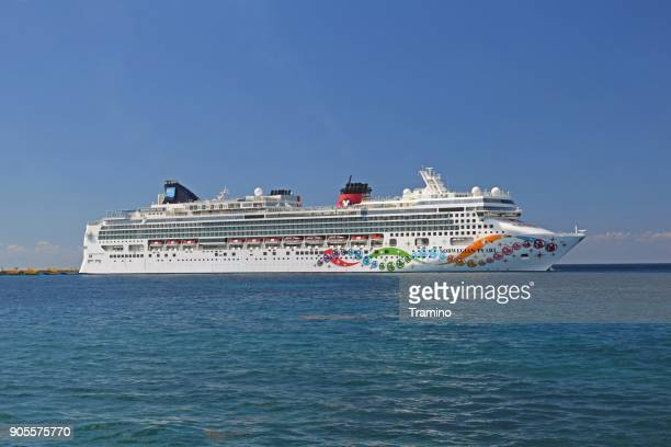 modern cruise ship on the sea - norwegian culture stock pictures, royalty-free photos & images