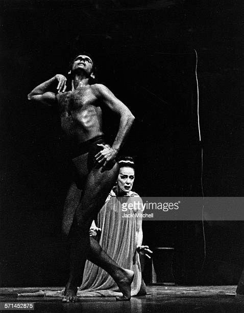 Modern dancer and choreographer Martha Graham performing the premier of 'Phaedra' with Bertram Ross in 1962