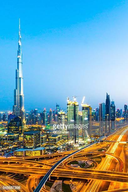 modern dubai downtown district - burj khalifa stock pictures, royalty-free photos & images