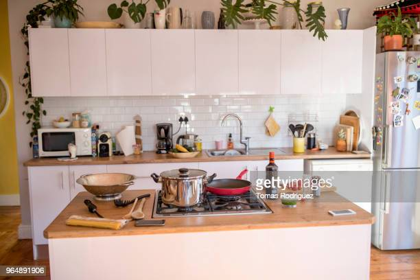 modern family kitchen with stove and cookware - 台所 ストックフォトと画像