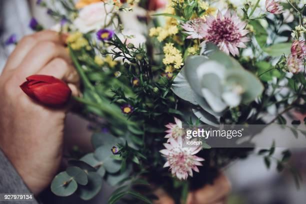 現代の花屋手作業ワーク ショップの花 - 詳細