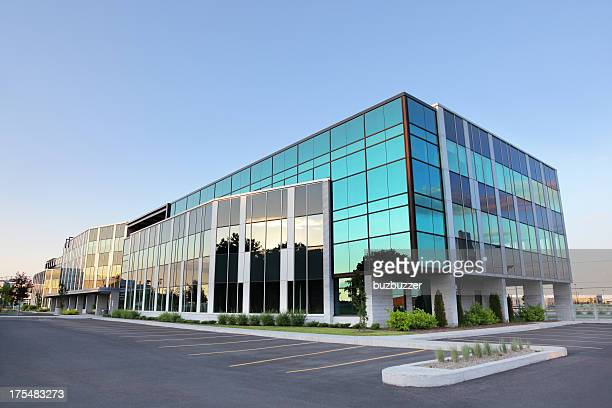 modern glass building exterior - headquarters stock pictures, royalty-free photos & images
