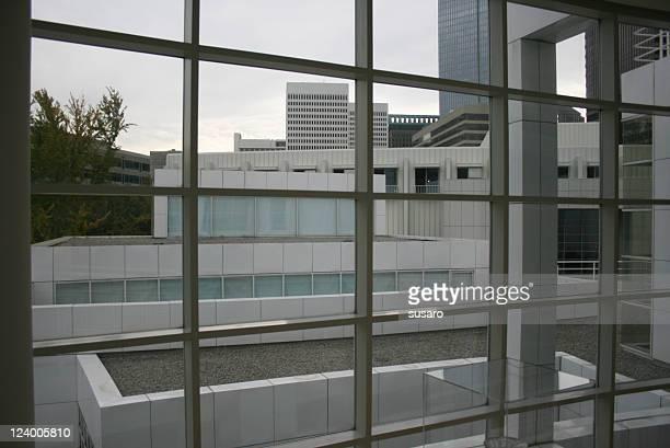 modern glass building - atlantic station atlanta georgia stock pictures, royalty-free photos & images