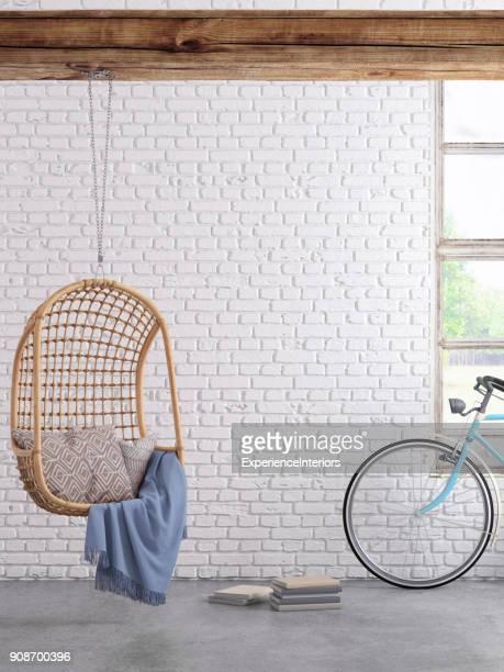 Intérieur moderne hipster avec pendentif fauteuil fenêtre et rideaux avec mur espace copie