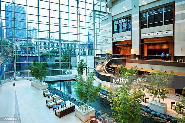 modern hotel lobby - hotel lobby stock pictures, royalty-free photos & images