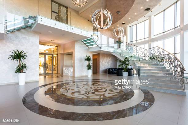 modern hotel lobby - luxury hotel stock pictures, royalty-free photos & images