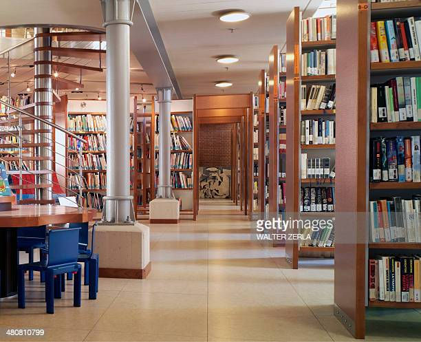 modern library interior - library stock pictures, royalty-free photos & images
