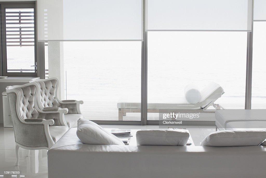 Modern living room : Bildbanksbilder