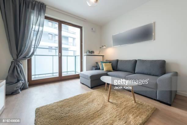 modern living room - 角 ストックフォトと画像
